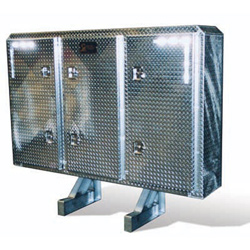 Smooth Aluminum Cab Rack With 3 Diamond Plate Doors 68 X 80 Inch