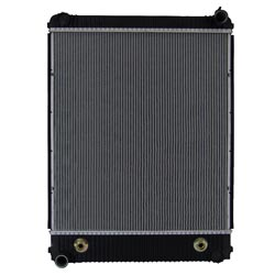 Plastic Aluminum Radiator With Oil Cooler 29.625 X 26.125 Inch Fits Freightliner M2-106, M2-Bus & Thomas Bus