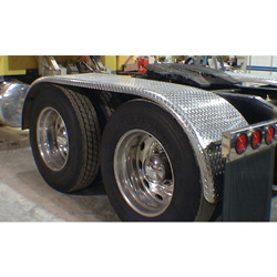 Merritt 105 Inch Diamond Plated Aluminum Full Fender